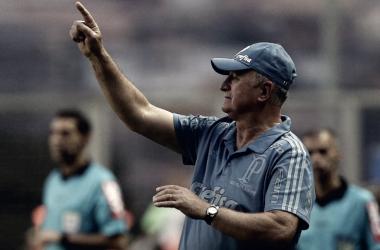 """Invicto e sem tomar gols, Felipão pede foco: """"Passo a passo, disputando todas as competições"""""""