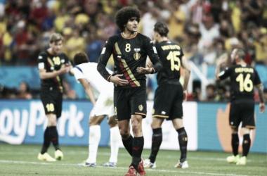 Com equipe reserva, Bélgica vence Coréia do Sul e garante 100%