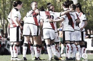 JUgadoras del femenino antes de un partido. Fotografía: La Liga Iberdrola