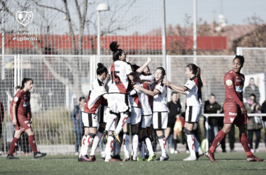 Femenino celebrando un gol. Fotografía: Rayo Vallecano S.A.D