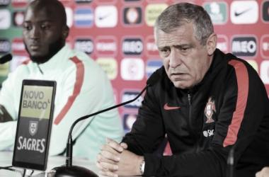 """Fernando Santos: """"El equipo tuvo una actitud correcta"""""""