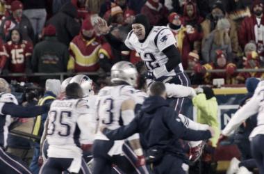 Tom Brady y compañia festejando su llegado al Super Bowl LIII (foto Patriots.com)
