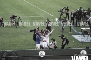 Álvaro Recoba festeja el gol sobre el minuto 90+5. Foto: Manuel Olivera (VAVEL)