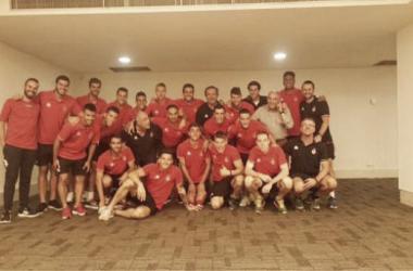 La plantilla del Girona celebrando la victoria frente al Bilbao Athletic. // Foto: Girona FC