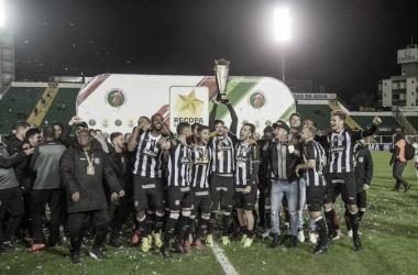 Figueirense vence Brusque e conquista Recopa Catarinense