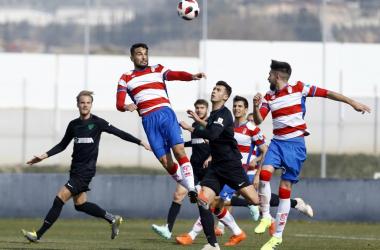 Lance del juego entre Recreativo y At. Malagueño. Foto: Granada CF.