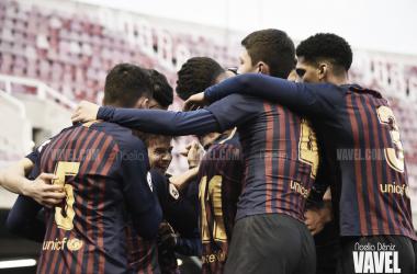 Los jugadores del Barça B celebrando el 1-0 ante el Conquense / Foto: Noelia Déniz (VAVEL.com)