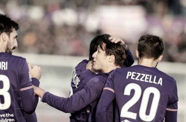 I giocatori festeggiano dopo il primo goal / ACF Fiorentina Twitter