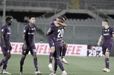 Com gol contra de Lyanco, Fiorentina bate Torino e volta a vencer em casa após seis meses