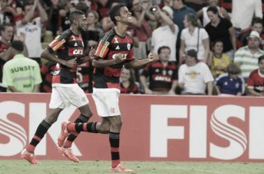 Flamengo vence Chapecoense com gol de Gabriel e deixa zona de rebaixamento