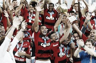 Léo Moura comemora seu quinto título carioca, lembra eliminação na Libertadores e ressalta: 'Não podíamos baixar a guarda'