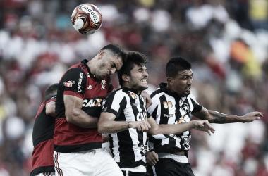 Por vaga na final do Carioca, Flamengo e Botafogo duelam no Maracanã