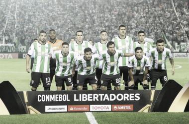 Los 11 de Julio, previo a Independiente del Valle. Foto: Conmebol