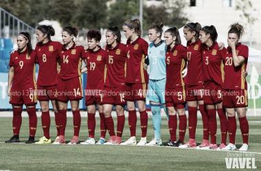 La selección española forma antes de disputar un encuentro   Foto: Daniel Nieto (VAVEL)