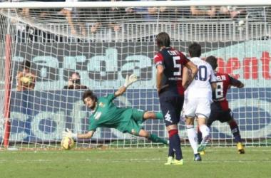 El Genoa salva un punto de oro en Cagliari