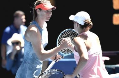 Sharapova y Kerber en un encuentro previo | Foto: al aire libre