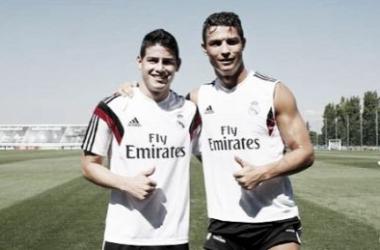 Colombiano e português em treino no CT do clube (Foto: Divulgação/Real Madrid)