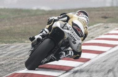 Suiço Thomas Luthi fica com pole da Moto2 na Malásia