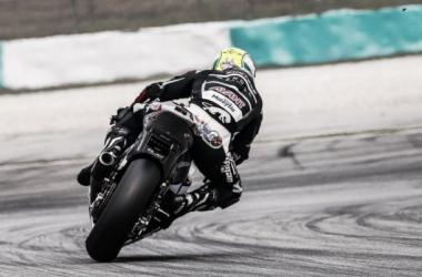 Francês Johann Zarco fica com a vitória da Moto2 na Malásia
