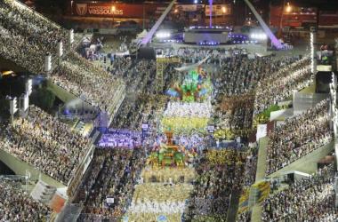 Acordada com a Globo, escolas de samba definem obras finalistas para 2022