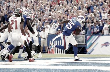 LeSean McCoy anotó dos 'touchdowns' para Buffalo. | Foto: Buffalo Bills