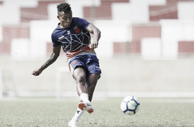 Vasco empresta atacante Paulo Vitor ao Albacete, da Espanha