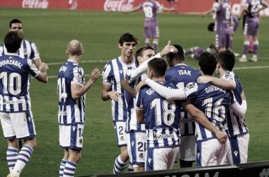 Jugadores de la Real Sociedad celebrando un gol/Fuente: Real Sociedad Twitter