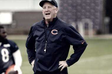 John Fox entrenando a los Chicago Bears. Fuente: NFL
