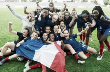 France celebrates qualifying for the semi-finals. Photo: Sportsfile