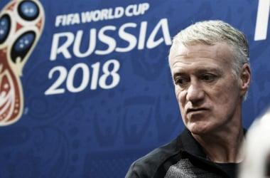 El técnico francés se prepara para el duelo crucial de este viernes (Foto: AFP)
