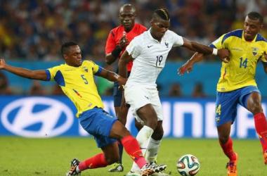 Una Francia a media máquina iguala con Ecuador y gana su grupo