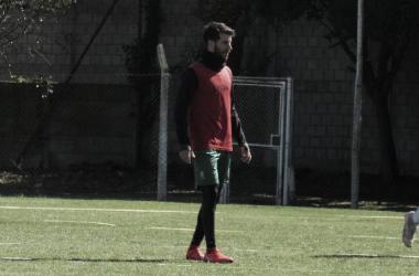 Francisco Cerro entrenó nuevamente junto a sus compañeros. Foto: Club Defensa y Justicia.