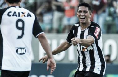 Danilo e Fred viram artilheiros, Atlético-MG supera Uberlândia e 'recupera' liderança
