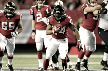 Devonta Freeman rushed for 96 yards and a touchdown in the Falcons win. (Source: AtlantaFalcons.com)
