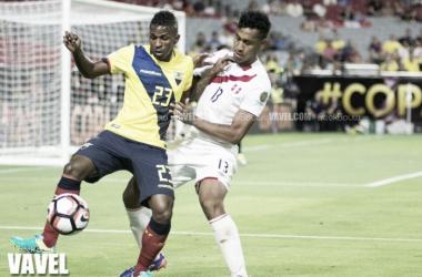 Copa America Centenario: Ecuador and Peru play to a four-goal thriller