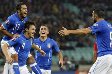 Italia saca pasaje para Francia