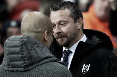 Guardiola y Jokanovic se saludan antes del comienzo del encuentro / Imagen: Premier League