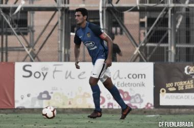El capitán Juanma Marrero en un partido de pretemporada| Foto: CF Fuenlabrada