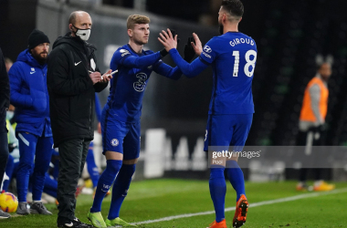 Timo Werner of Chelsea comes on to replace Olivier Giroud of Chelsea during the Premier League match between Fulham and Chelsea at Craven Cottage on January 16, 2021 in London, England. (Photo by John Walton - Pool/Getty Images)