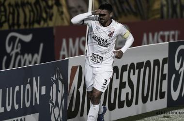 """Eduardo Barros elogia chegada de Autuori ao Athletico: """"Vasta experiência"""""""
