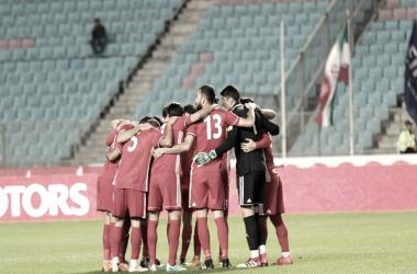 Irán gana confianza con un gol en los últimos minutos