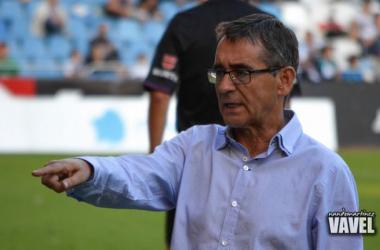 Fernando Vázquez demuestra nuevamente capacidad para el estudio de las posibilidades del equipo (Foto Nando Martínez VAVEL).