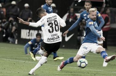 Pedrinho fechou o placar de 2 a 2 no duelo (Foto: Daniel Augusto Jr/ Agência Corinthians)