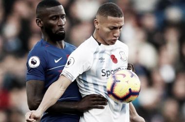 Sorprendente empate sin goles en Stamford Bridge