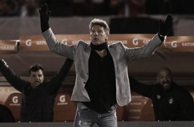 Renato, al igual que Gallardo, también ganó la Libertadores como jugador y entrenador del mismo club (Foto: AFP).