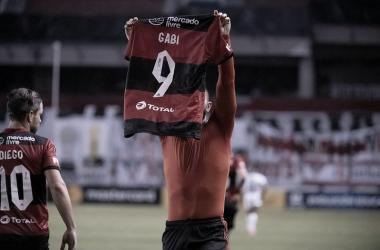 Gabigol comandou o Flamengo em mais uma vitória na Libertadores (Foto: Alexandre Vidal / Flamengo)