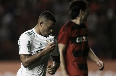 Atacante comemora após fazer o segundo gol do Palmeiras na partida (foto: Divulgação/Palmeiras)
