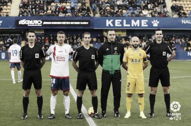 Cuerpo de árbitros y capitanes. Fotografía: La Liga