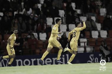 Galán celebrando su gol frente al Lugo. Foto: LaLiga1|2|3