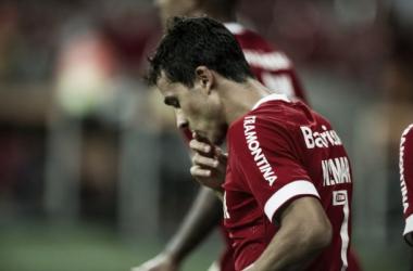 Nilmar voltou a marcar e foi decisivo também com assistência na vitória (Foto: Alexandre Lops / Internacional)